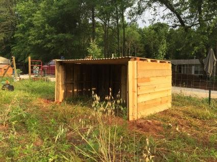 Finished pallet shelter